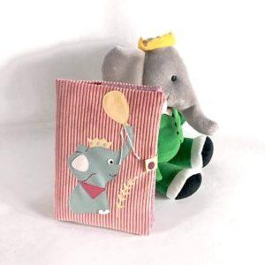Protège carnet de santé éléphant